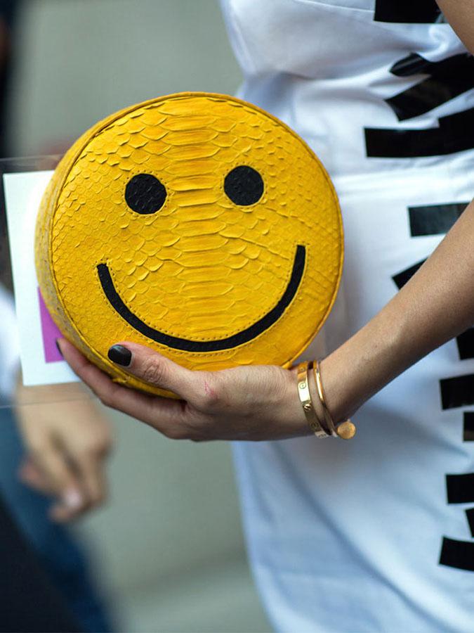 La-pochette-Smileys-Gelareh-Mizrahi_exact780x1040_p