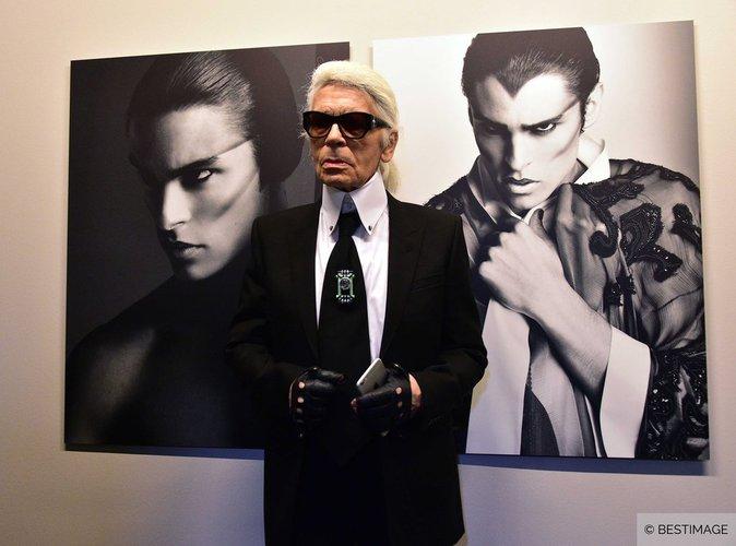 Exclu-Video-Karl-Lagerfeld-vernissage-de-son-exposition-A-Visual-Journey-a-Paris_portrait_w674