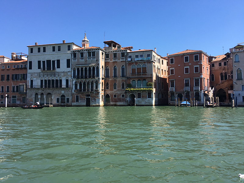 gran-canal-venezia-italia-closet-hispano