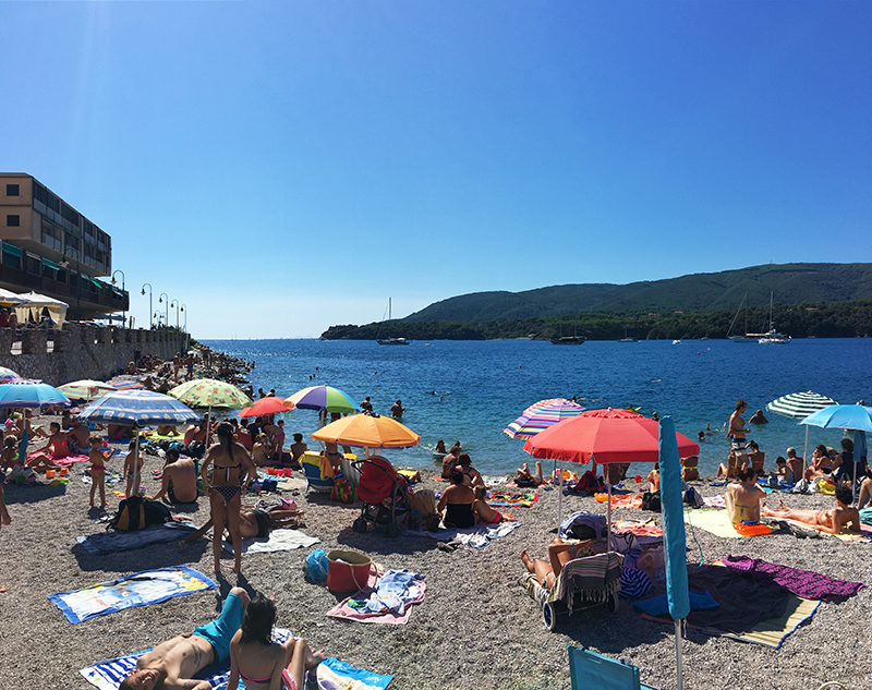 porto-azzurro-isla-de-elba-italia