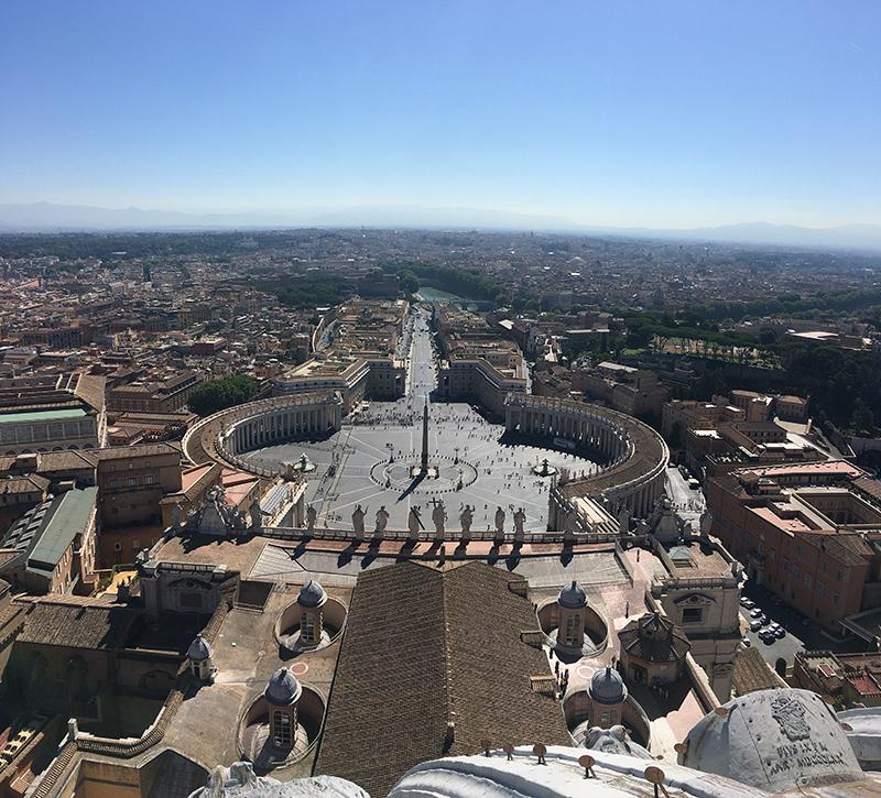 Plaza San Pedro desde la cúpula de la Basílica de San Pedro