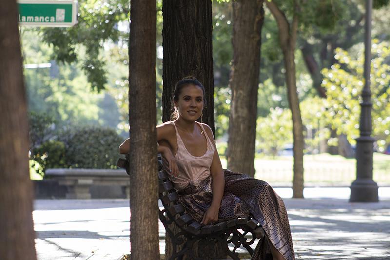 falda-maxi-camisa-rayas-verano-madrid
