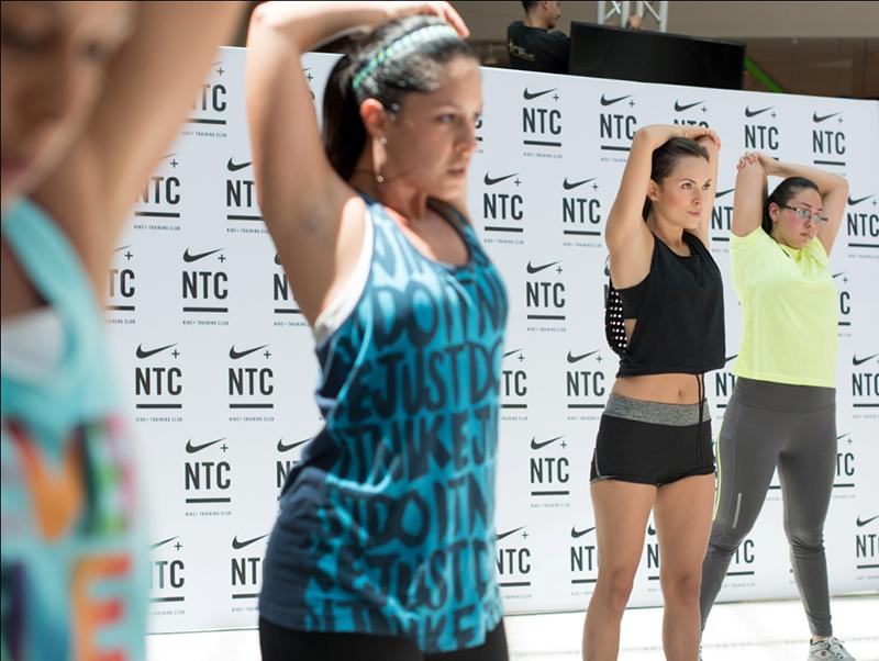 zaida-bethancourt-nike-training-club-closet-hispano-3-ejercicios-funcionales