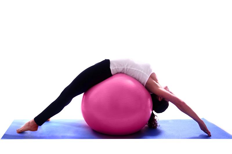 pilates-vs-yoga-closet-hispano