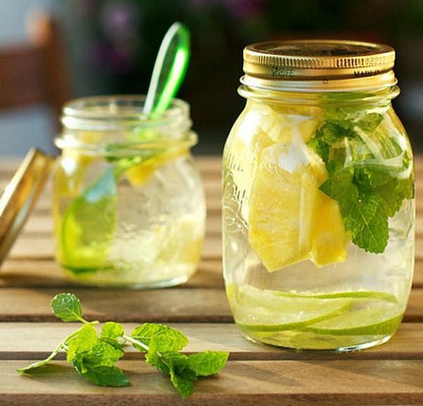 Agua-Detox-bebidas