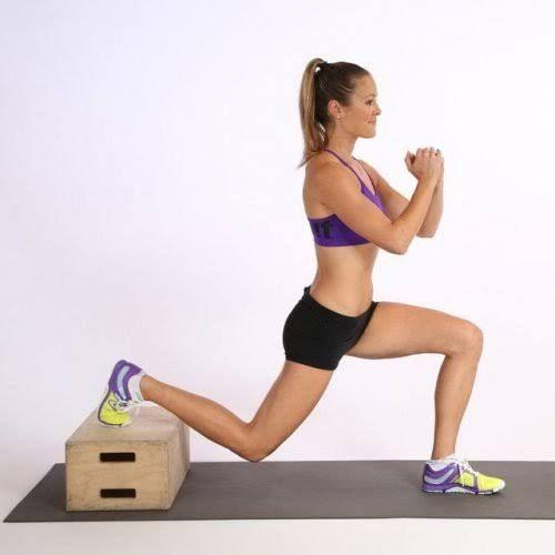 Ejercicios de fuerza baja calorías en el cuerpo.